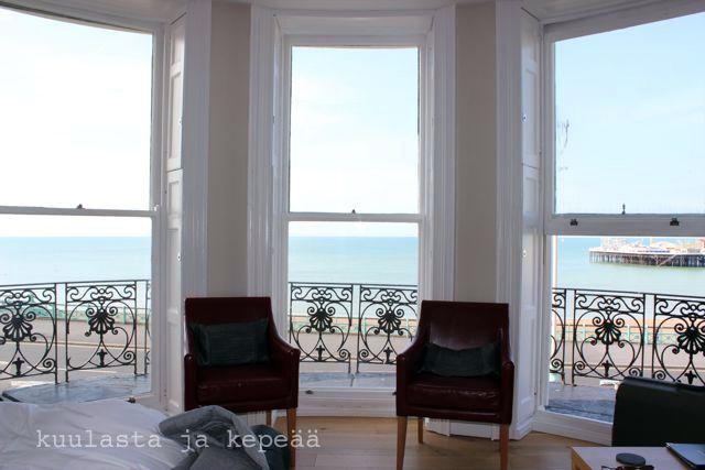 a Room with a View, Brighton http://kuulastajakepeaa.blogspot.fi/2014/04/brighton-kesalomalla.html