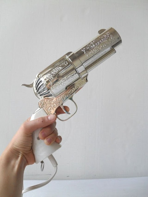 It's a hair dryer and I WANT it! Perfect birthday gift from my gun loving boyfriend ^.^