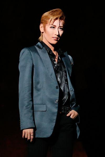 写真:「スターダム」公演から、ネイサン役の水美舞斗=撮影・岸隆子