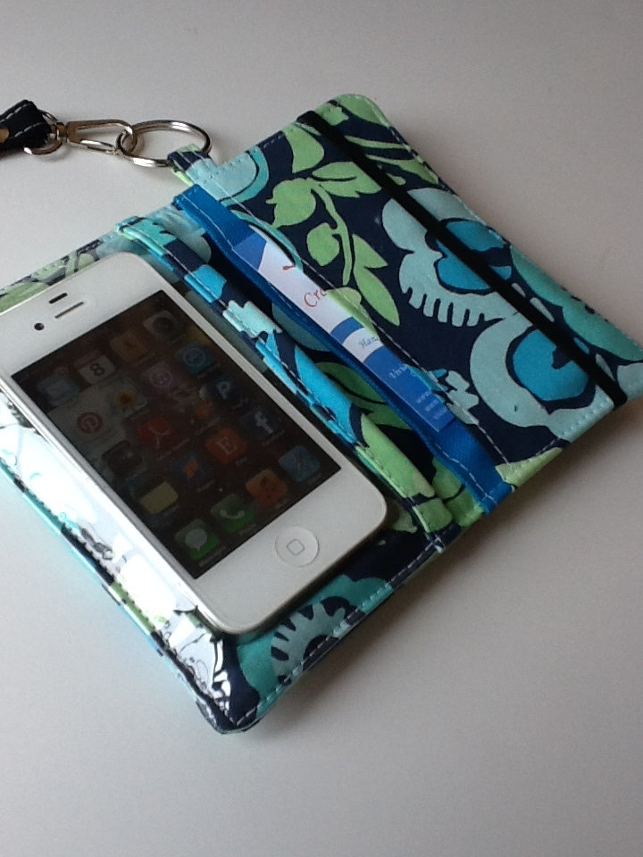 iPhone Wallet - Wallet - iPhone Case - Bifold Wallet - Pouch - Case - Smart Phone Case..i wanna try to make this, i even know where to find the clear plastic for the phone cover part