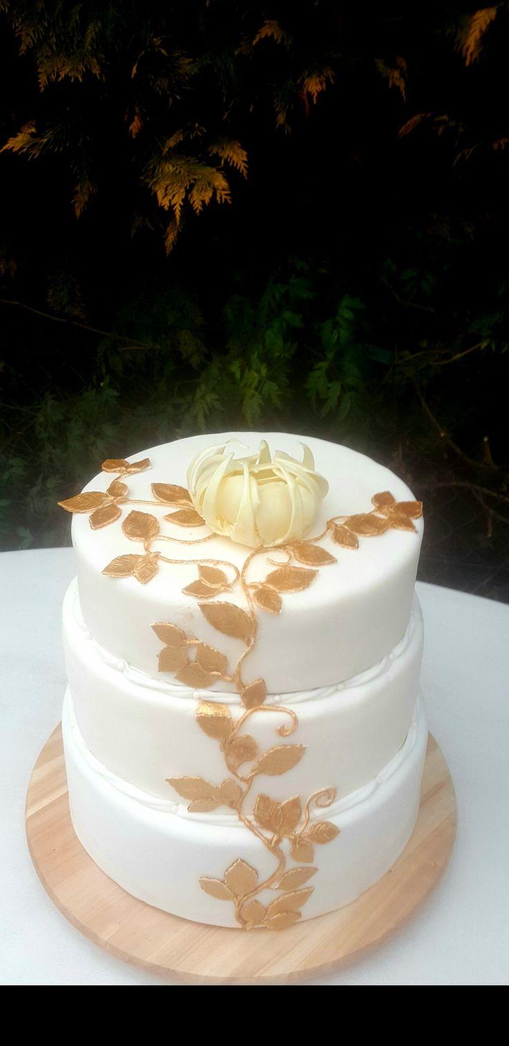Hochzeitstorte zur Goldenen Hochzeit.
