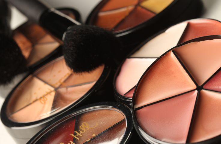 Our handy carousels are so popular....5 shades of concealer or lipstick all in 1 product!