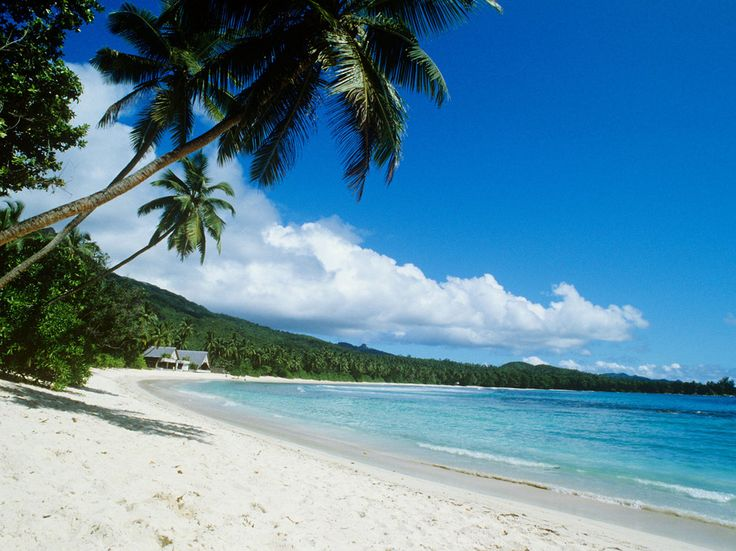 Top 10 Island Beaches for Chillin': Honeymoon Beach, Meads Bay, Lizard Island - Condé Nast Traveler