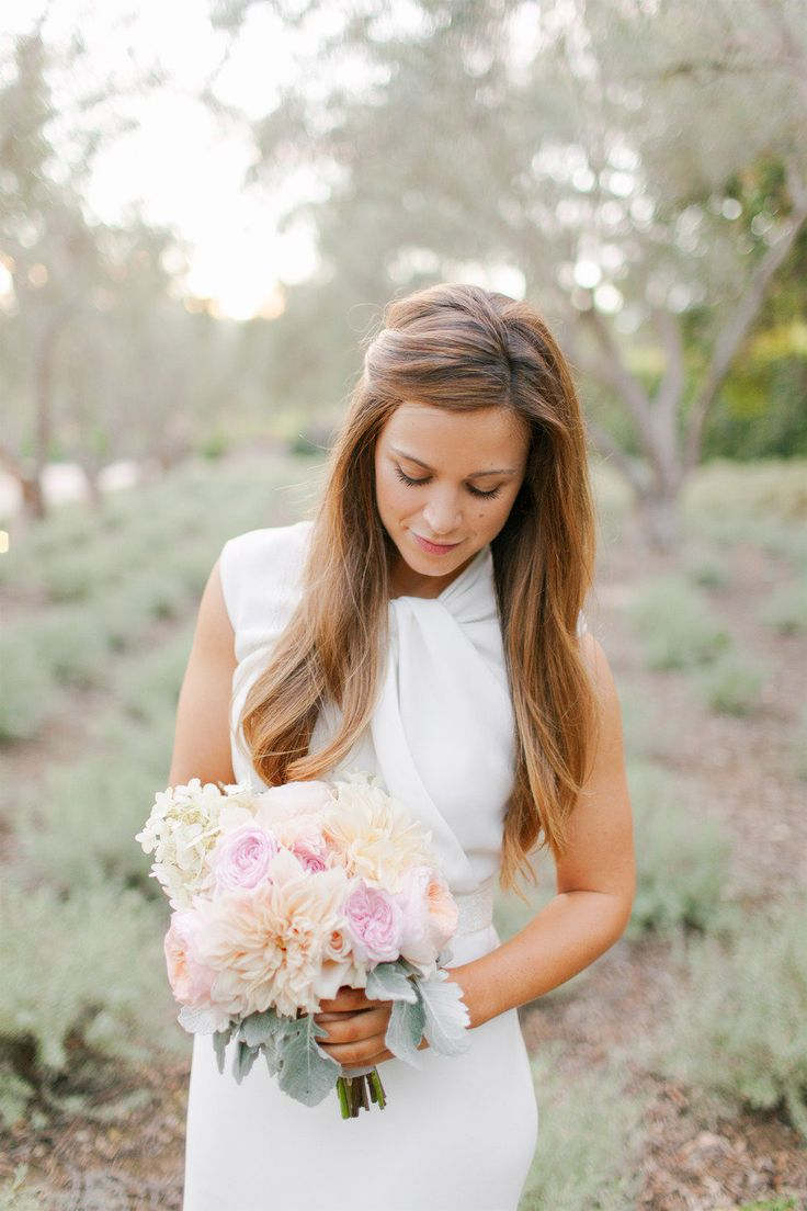 #hairstyles, #bouquet Photography: Amanda K Photography - amandakphotoart.com Event Planning: Jill La Fleur - lafleurweddings.com/ Floral Design: Flowerwild - flowerwild.com Read More: http://www.stylemepretty.com/2013/04/08/santa-barbara-wedding-from-amanda-k-photography/