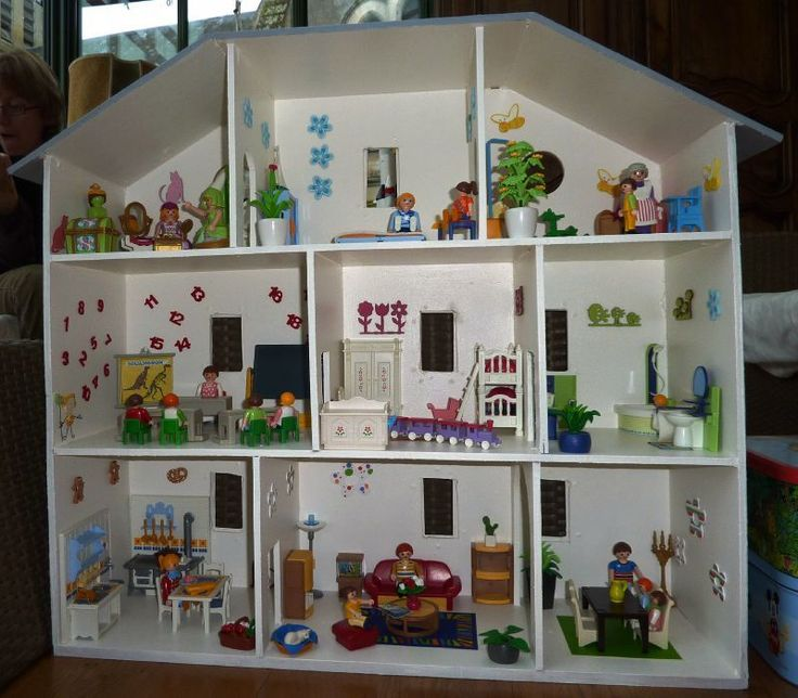 les 25 meilleures id es de la cat gorie playmobil sur pinterest diy maison poup e maison de. Black Bedroom Furniture Sets. Home Design Ideas