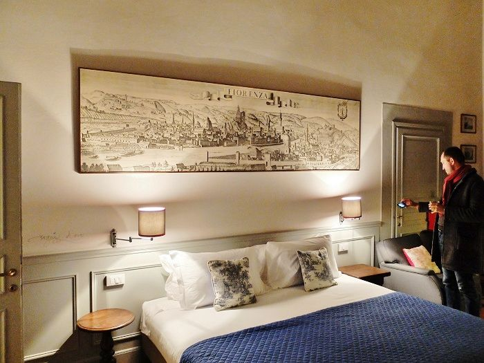 SorprArno Suites, new boutique hotel in Florence | Girl in Florence