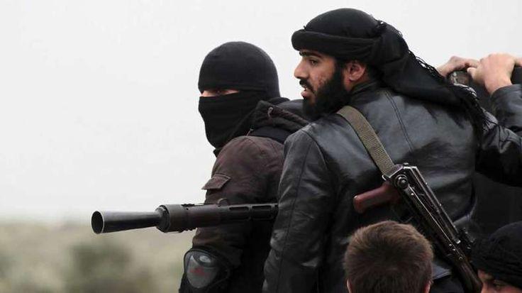 Al Qaeda militants storm Syrian town