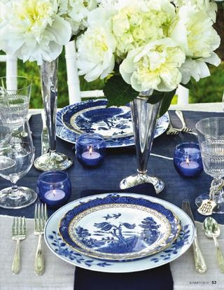 adore all of this blue and white