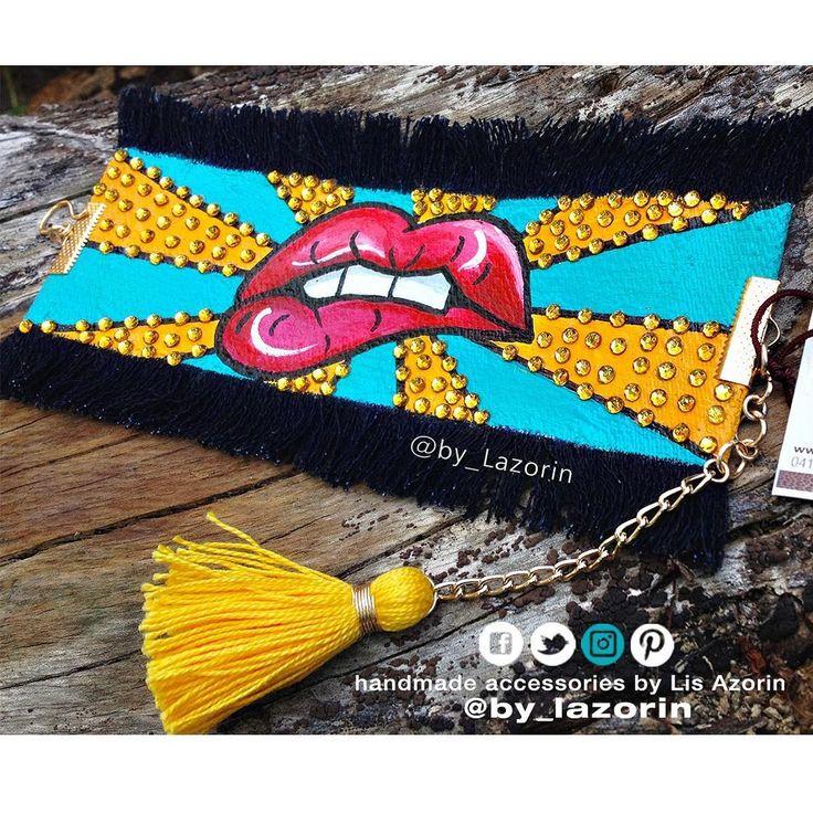 💋💋 POP Bracelet Mouth and #Denim 💋💋  @by_lazorin #bylazorin  #by_lazorin 🇻🇪 .  .   Instagram: @By_Lazorin  Twitter: @By_Lazorin   Modelo : Bracelet Mouth and Jeans 🔻  🔻  http://lazorin.wix.com/bylazorin  #InstaFashion #jewelry #necklace#jewerlydesign #StatementEarings #bracelet #moda #bohoFashion#photoshoot#mouth #directorioMMODA #brazaletes #Boca #accesorios #LoveIt  #bracelets #mood #brazalete #jeans #pulseras #cristal #cristals