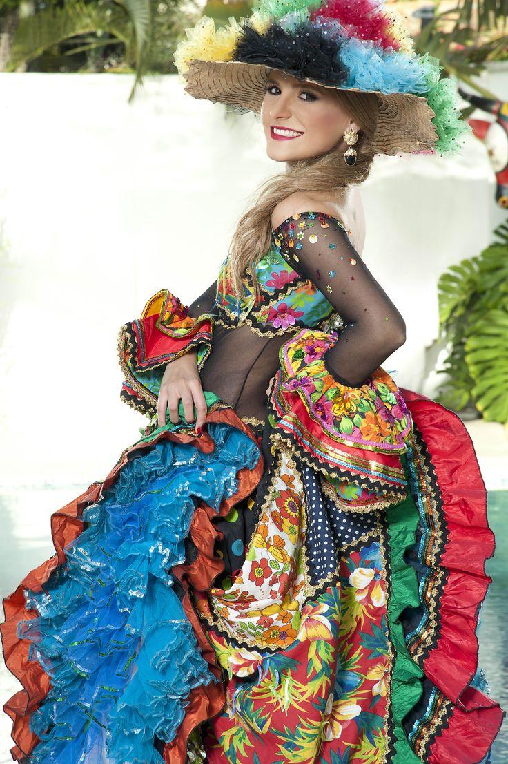 Reina del Carnaval de Barranquilla recibe decreto | RegionCaribe.org