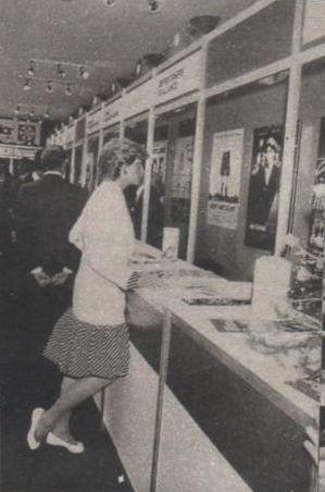 1987-05-15 Diana at the British Film Pavilion, Cannes Film Festival, France