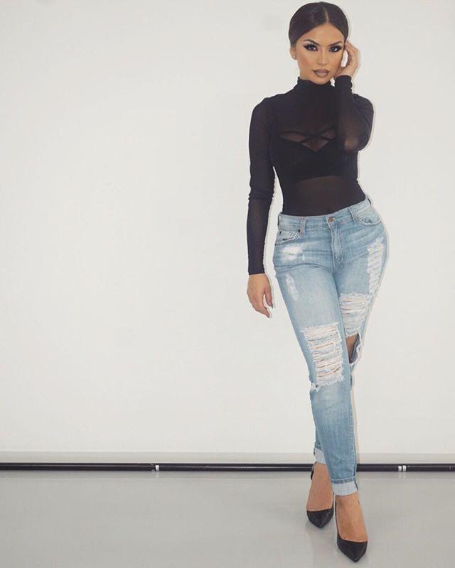 Set vibes ✔️ Makeup details on previous post; Mesh Bodysuit & Jeans Hot Miami Styles. Heels Lola Shoetique. @iluvsarahii ♡♥♡♥♡♥