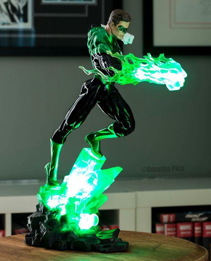 Green Lantern Figurine