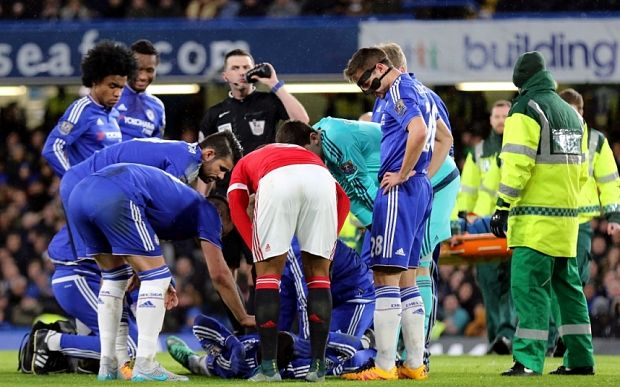 Chelsea news: Kurt Zouma out for season with cruciate ligament injury