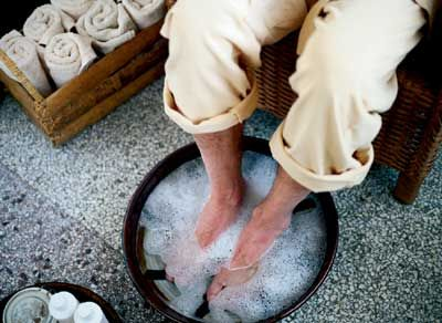 Home remedies to keep your feet beautiful for summer!