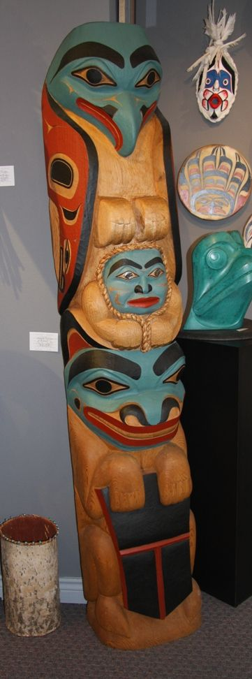 Eagle Cheif Bear With Shield Totem Pole This Hand Carved By Fred