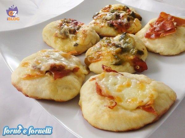 Pizzette alle patate, ricetta lievitati | Forno e fornelli