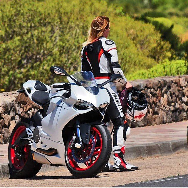 Panigale 899!!