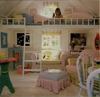 love this idea! Loft in kid's room adds square footage!