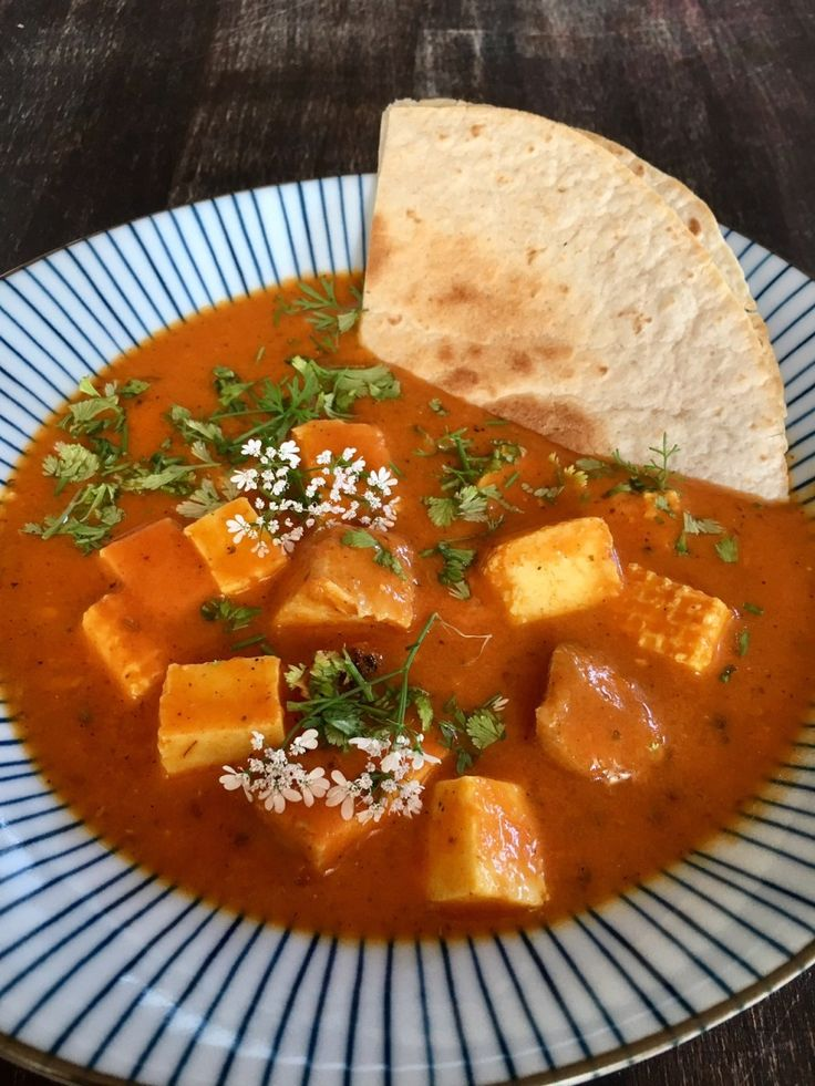 Friday Night Dinner Date: Paneer Makhani – scharfer indischer Frischkäse – Germanabendbrot