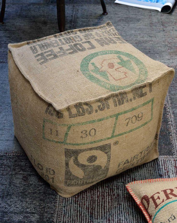 100% toile de jute de sacs de café recyclés. Fabrication artisanale, responsable et éthique. Made in Nantes. Dimensions : 40X40X40cm