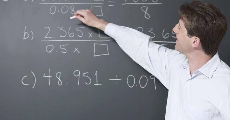 Cómo saber cuando una ecuación no tiene solución o infinitas soluciones. Muchos estudiantes asumen que todas las ecuaciones tienen solución. Este artículo usará tres ejemplos que muestran que esta suposición es incorrecta.