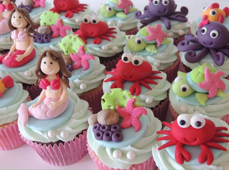 Under the sea cupcakes, mermaid, crabs, octopus and turtles PDF for sale on etsy - https://www.etsy.com/uk/listing/195352626/under-the-sea-cupcakes-pdf-tutorial?