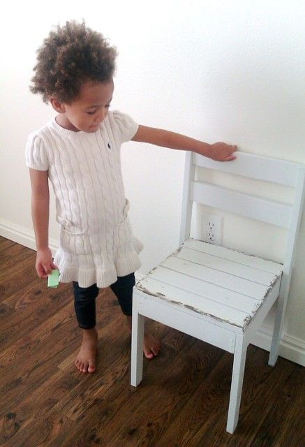 Ana White - DIY stackable children's chair $6