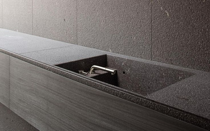 Minotticucine, minimalist design and essential for kitchens and bathrooms of excellence.