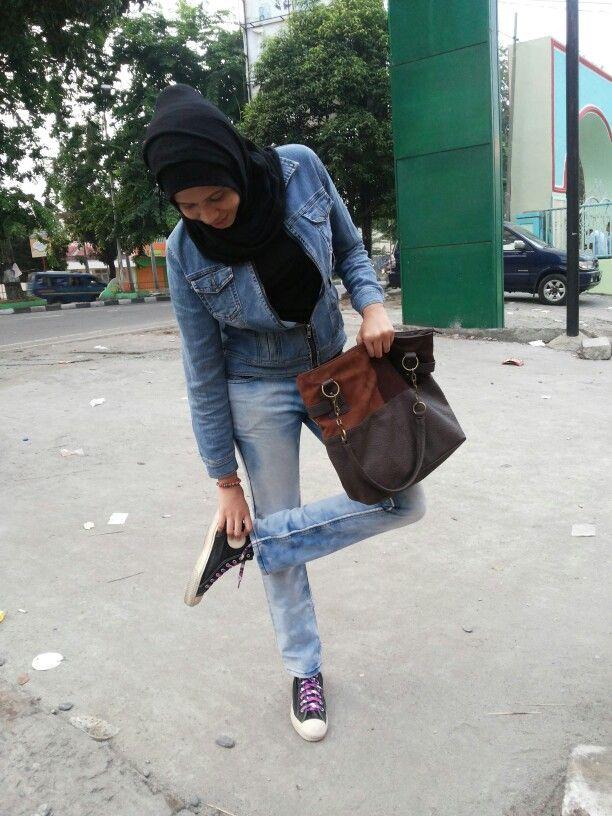 Denim lovaa..  - black Hijab - black inner t-shirt - blue jacket jeans - sling bag - blue acid jeans - sneakers