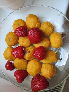 Kluski batatowe z truskawkami