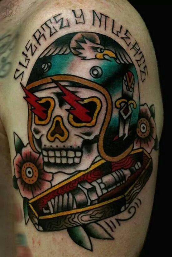 Oldschool traditional skull moto helmet motomaniac for American outlaw tattoo