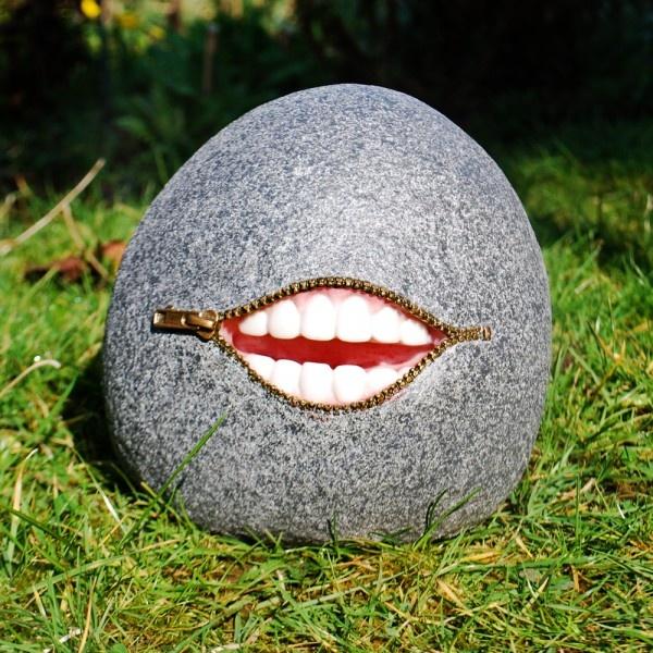 Laughing Stone Garden Lawn Ornament Gardens2you.co.uk
