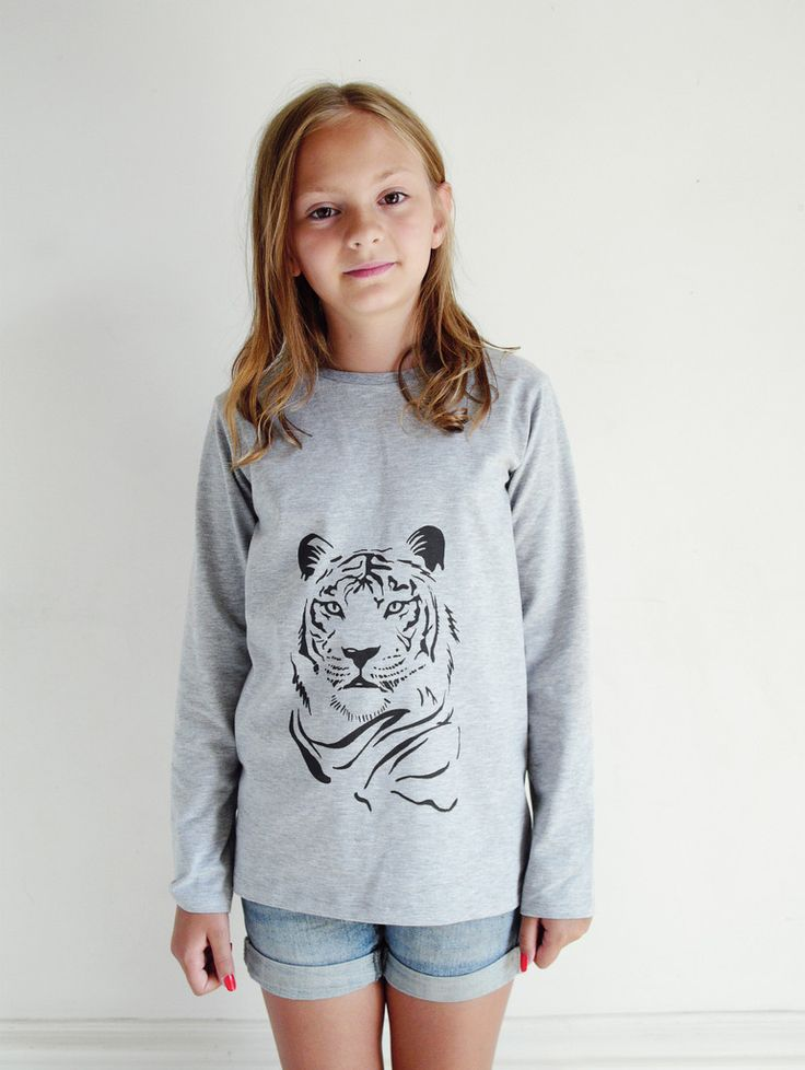 Tiger by Emma Göthner – One We Like. Now online on www.onewelike.com