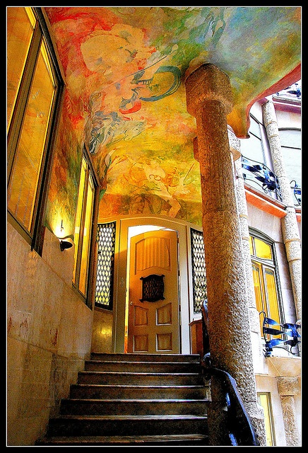 #LaPedrera #CasaMilà http://www.viajarabarcelona.org/lugares-para-visitar-en-barcelona/la-pedrera/ #Barcelona #Modernismo #Gaudí