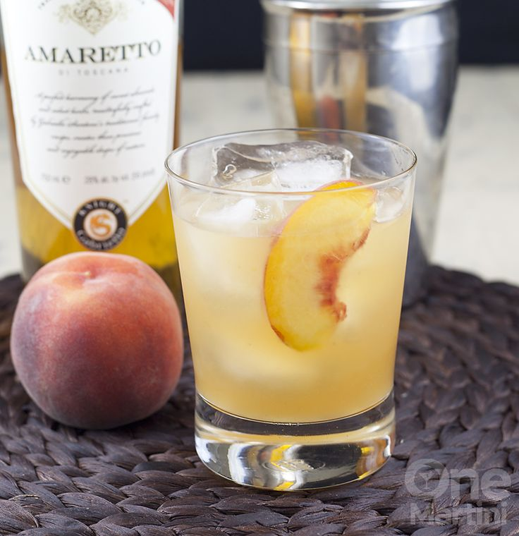 peach amaretto sour, peach cocktail