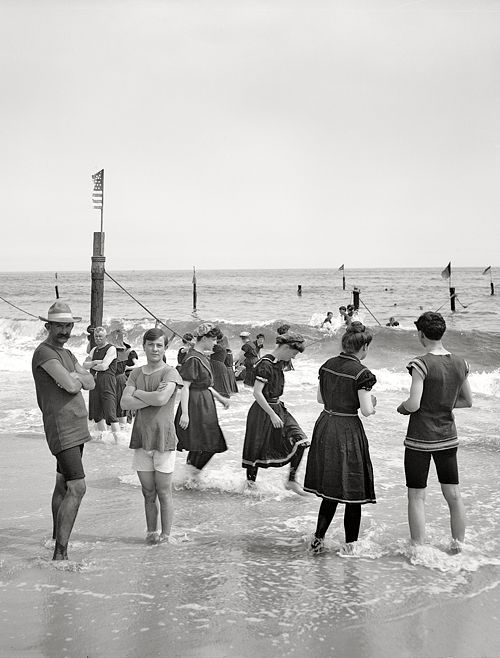 New York circa 1905. Surf bathing at Coney Island.