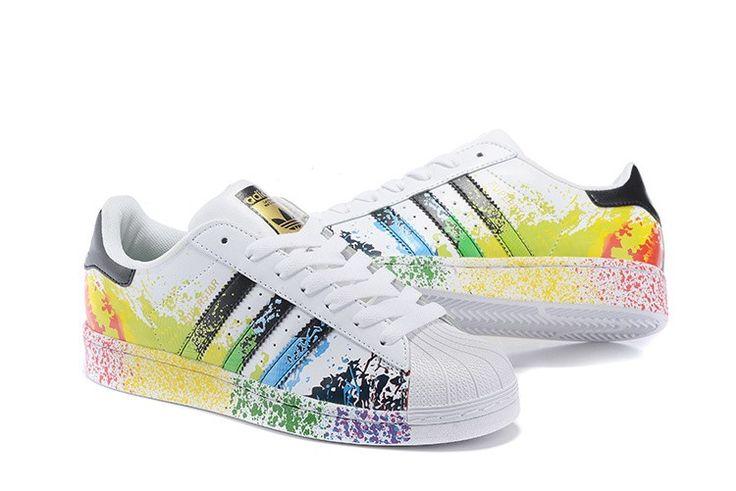Homme/Femme Adidas Originals Superstar Pride Pack Chaussures Running Blanche Ftw/Core Noir D70351