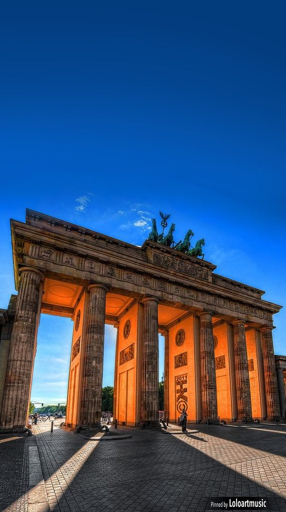 Brandenburg gate, Berlin, Germany. Such interesting history and sights to see !