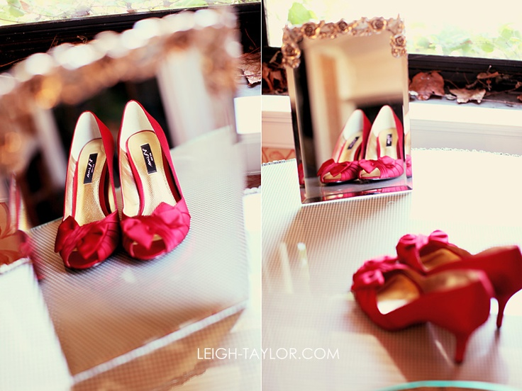 if only i could find these in blue & green: Photography Details, Shoes Photo, Red Wedding Shoes