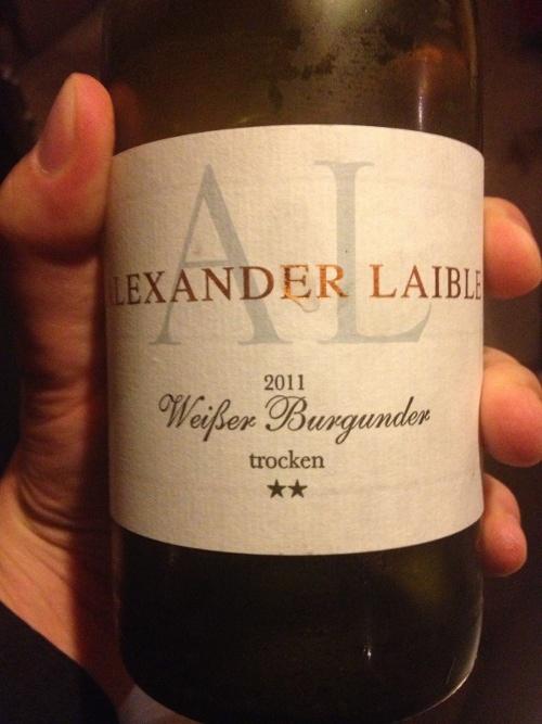 """Alexander Laible; Weißer Burgunder """"2 Sterne"""" 2011"""