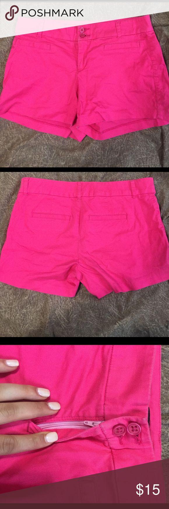 Nine West hot pink shorts Nine West hot pink shorts. I wore them during Greek recruitment. Nine West Shorts Bermudas