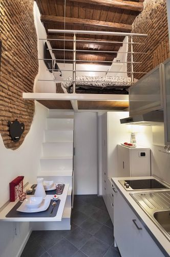 Internal - italy's smallest home