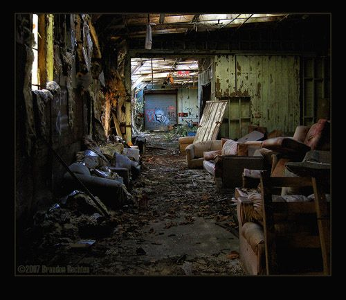 100 Captivating Examples Of Urban Decay Photography