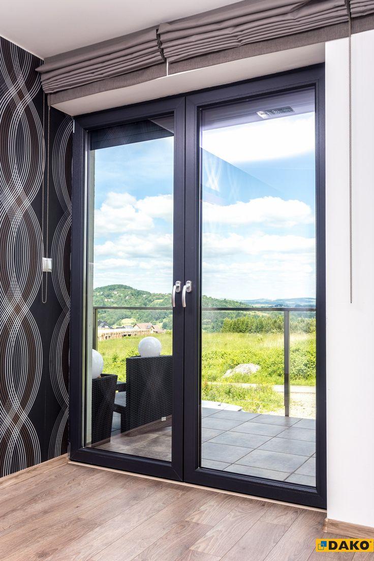 Klasyczne, sprawdzone rozwiązania - okna tarasowe.