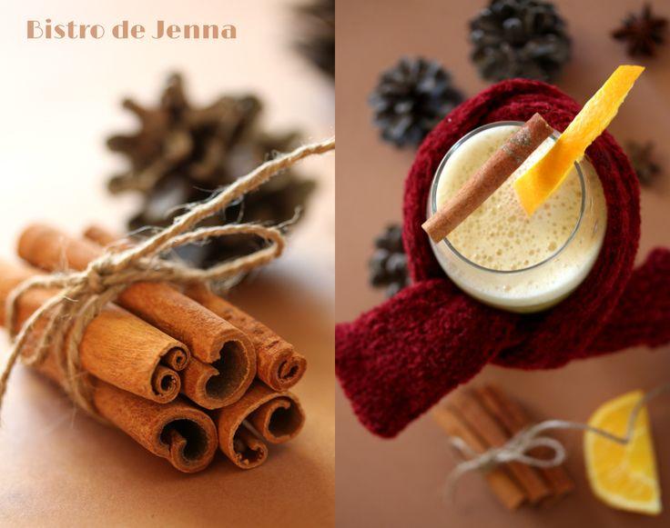 """""""Grzaniec"""" - la bière chaude aux épices INGREDIENTS: (pour 2 personnes) 0,5 l de bière blonde 2 jeunes d'oeufs 8 c.à café de sucre roux 1/2 c.à café de cannelle 3-5 clous de girofle 1 c.à café de gingembre en poudre 1/2 c.à café de muscade en poudre orange..."""