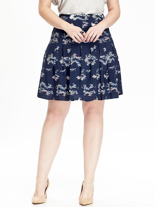 Old Nav Plus Size Tropical-Print Pleated Skirt