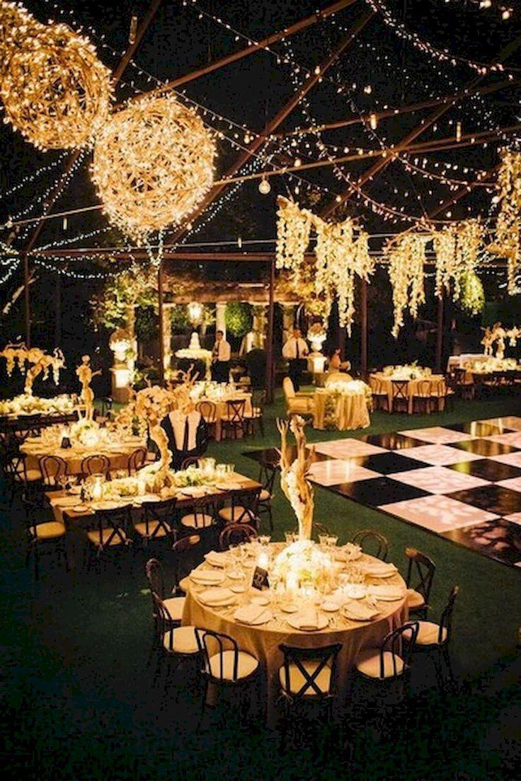 Nice 35 Sweet and Romantic Backyard Wedding Decor Ideas https://bellezaroom.com/2017/09/06/35-sweet-romantic-backyard-wedding-decor-ideas/