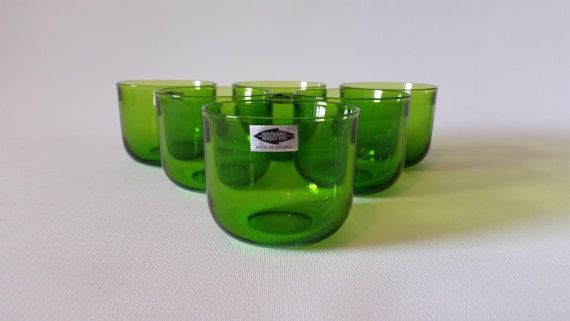 My Etsy/Nordic Fiesta https://www.etsy.com/se-en/listing/472622189/mid-century-modern-set-of-six-green-teal