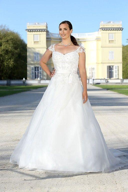 De 16 mooiste plus size trouwjurken voor 2016 - In White